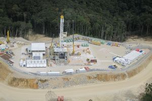 PNG_LNG_Project_Rig_702-600x0