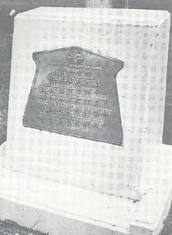 The memorial at Telefomin0001