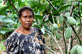 PNG woman (Laura Keenan, World Bank)
