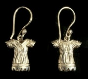 Meri Blouse hook earrings