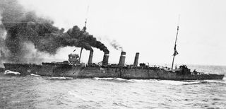 HMAS Sydney steams towards Rabaul, September 1914