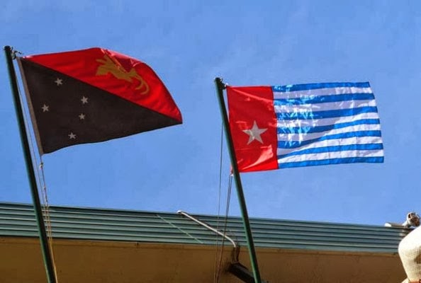 Kumul and Morning Star fly together