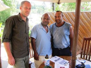 Ivo Syndicus, Bomai and Jimmy Drekore in Goroka (Jimmy Drekore)