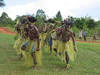 Traditional dance (Diocese of Daru-Kiunga)