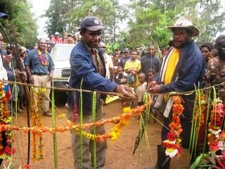 Okapa road ground breaking, EHP