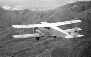 De Havilland Dragon operating in New Guinea highlands