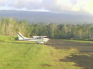 Cessna on highlands airstrip