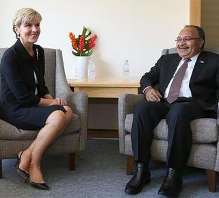 Julie Bishop and Peter O'Neill