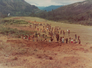 Airstrip maintenance, Ambullua, Jimi Valley, circa 1974