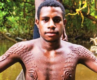 Sepik crocodile scarification