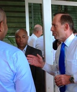 Tony Abbott at a Port Moresby reception (Martynn Namorong)