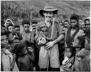 Villagers with unidentified kiap, 1948 (National Archives of Australia)