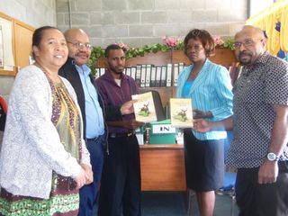 Port Moresby writers (John Kamasua right)