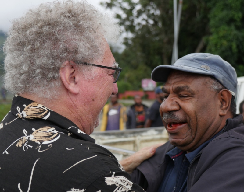 Keith & Arnold Mundua meet for the first time