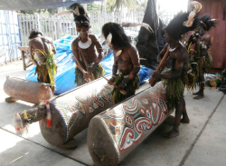 Wewak garamut welcome