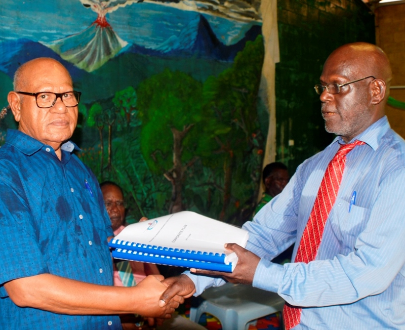 President Momis receives corporate plan from chief secretary