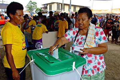 Woman voting in PNG
