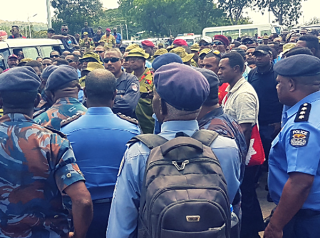 Protesting-PNG-security-forces (PNG Loop)