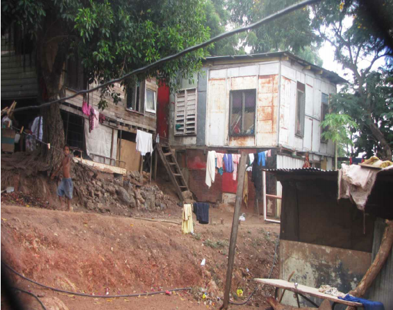Squatter-housing-in-Four-Mile-Settlement-Port-Moresby-2011