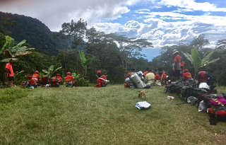 Kokoda - carriers take a break