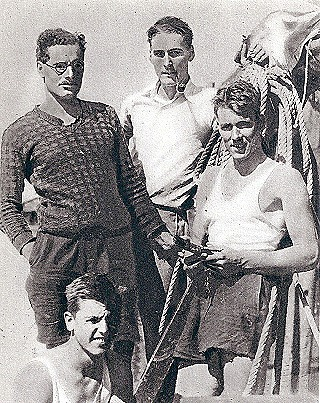Flynn and his Sirocco companions in 1930