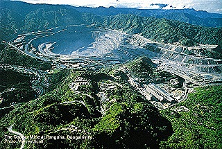 Panguna copper & gold mine at its peak