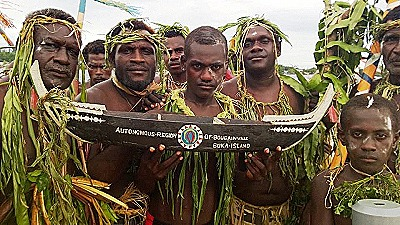 Mona - Bougainville men