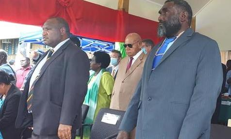 Inauguration of Ismael Toroama (right)  James Marape (left) and former President John Momis (behind) (Bougainville Electoral Commission)