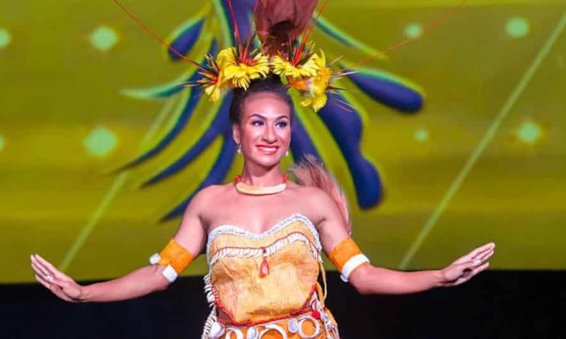 Lucy Maino as Miss PNG