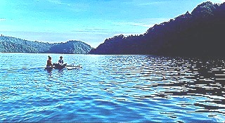 Sunday adventure around Kieta harbour and the islands in a two-person canoe