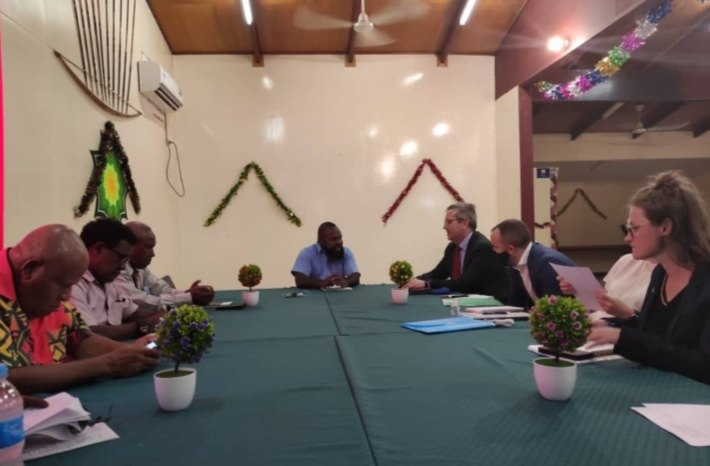 Taboi Awi Yoto meets with AHC officials