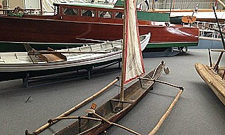 Double outigger canoe (Mariners Museum  Virginia  USA)