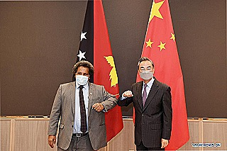 Soroi Eoe meets Chinese foreign minister Wang Yi  (People's Daily Online)