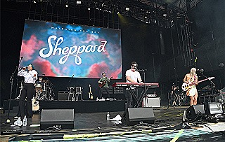 Sheppard performing in 2018 (Kevin Mazur)